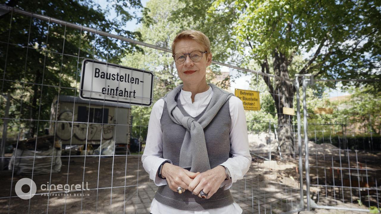 AVE Publishing   Cinegrell Postfactory: Frauen Bauen - Regula Lüscher